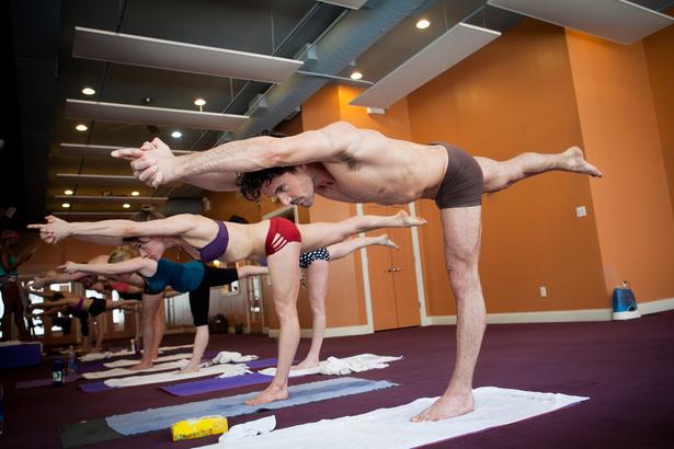 Gorecess Studio Spotlight Bikram Yoga Nyc New York Ny Fitreserve